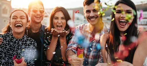 Farb-, Typ- und Stilberater Absolventen feiern den Abschluss
